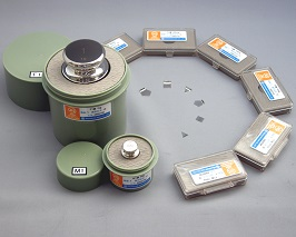 【�椛コ上衡器製作所】OIML型標準分銅(M2級)500mg+JCSS質量校正証明書(ランク5)