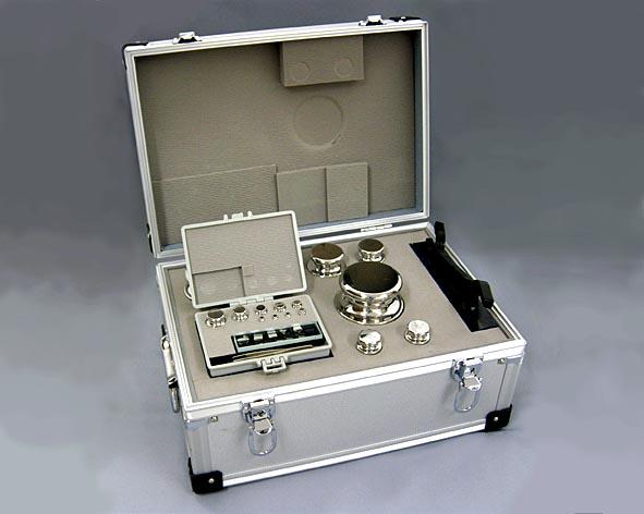 【�椛コ上衡器製作所】円筒型基準分銅セット1級(OIML:F2級)計1kg+基準器検査成績書付(有効期間5年)