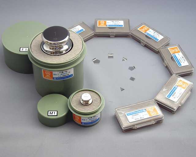【�椛コ上衡器製作所】OIML型標準分銅(M2級)100mg板状+JCSS質量校正証明書(ランク5)